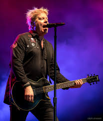 Offspring lead singer