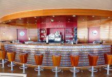 A shiny bar.