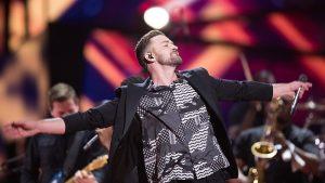 Justin Timberlake performing (not his superbowl performance)